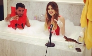 Would you Pose in a Bathtub with Your Sister